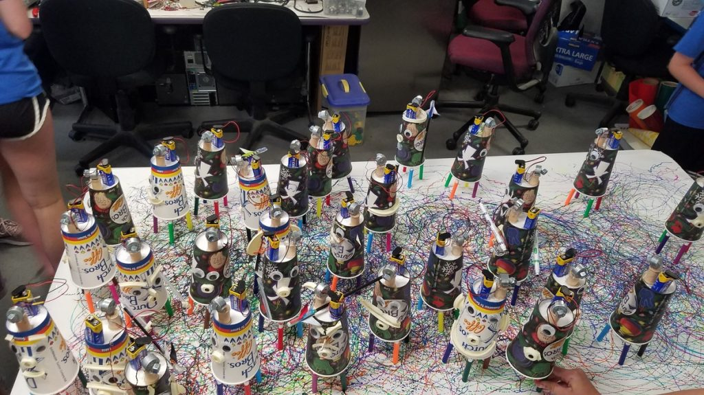 An army of Doodle Bots!